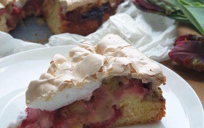 Rhabarber Erdbeer Kuchen mit Baiserhaube